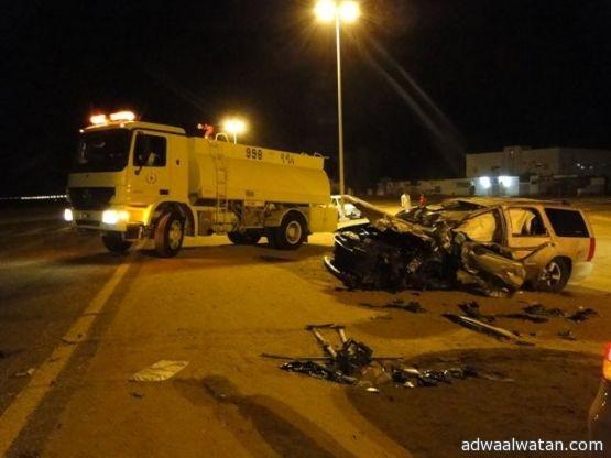 حادث مروع يتسبب في وفاة شخص وإصابة 6 من جنسيات مختلفه