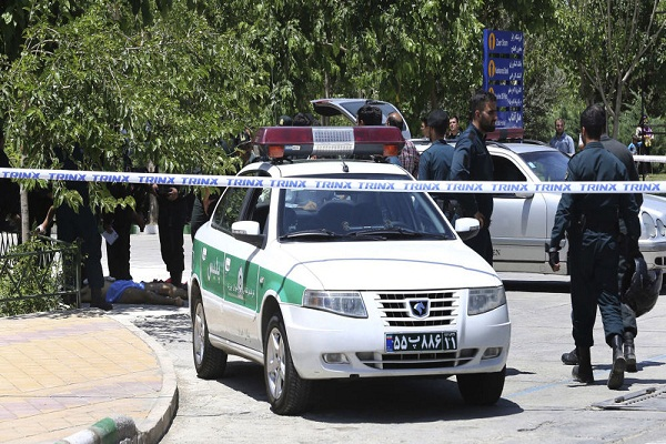 القبض على شقيق الرئيس الإيراني