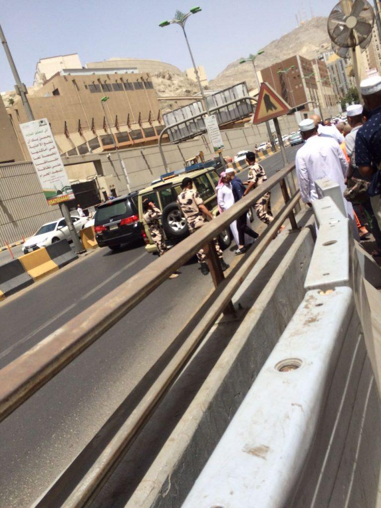 القبض على 833 شخصاً من دافعي العربات والباعة الجائلين بمكة المكرمة