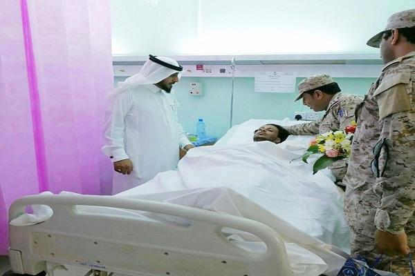 """""""مدير إدارة قوة جازان"""" يزور المصابين بمستشفى صامطة العام"""