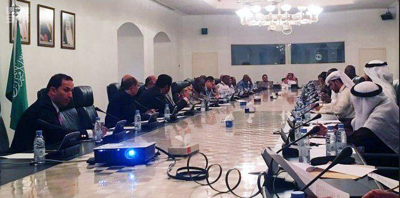 السفراء والملاحق العسكريين لدول التحالف لدعم الشرعية في اليمن يعقدون اجتماعهم الثاني