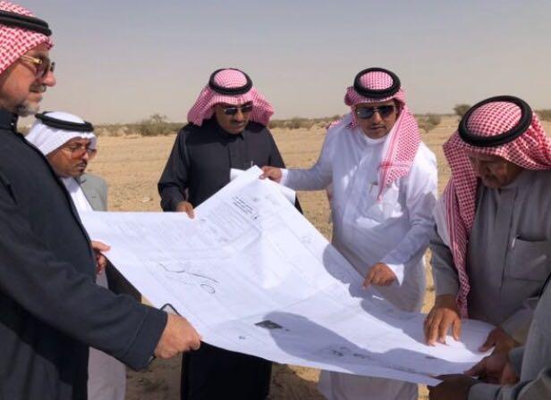 """بالصور .. لجنة من بلدي وأمانة الطائف تقف على المواقع المعتمدة لحدائق """"سديرة وكلاخ"""""""