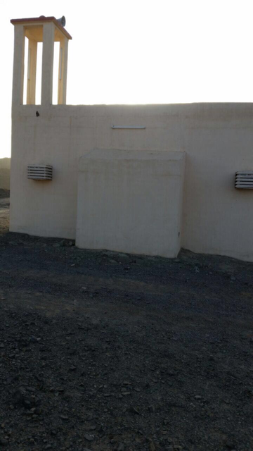 أهالي الظليف بمركز الجاوه : ننتظر إيصال التيار الكهربائي لمسجدنا منذ خمسة أعوام