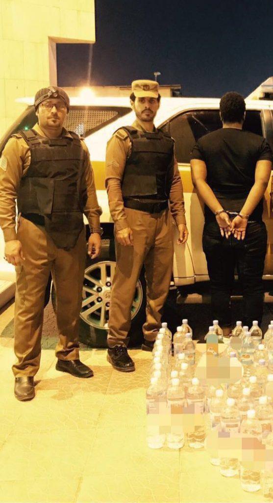 شرطة منفوحة تطيح بالمطلوبين ومروجي الخمور في أوساط المخالفين