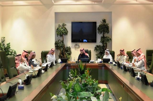 لجنة معالجة الزحام المروري تنهي اجتماعاتها.. وافتتاح جسري الحائر وطريق النصر خلال شهرين