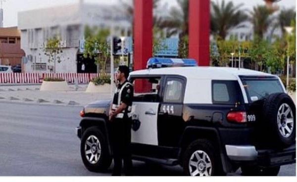 """شرطة الرياض تُطيح بـ""""5"""" باكستانيين يقومون بسرقة القواطع الكهربائية"""