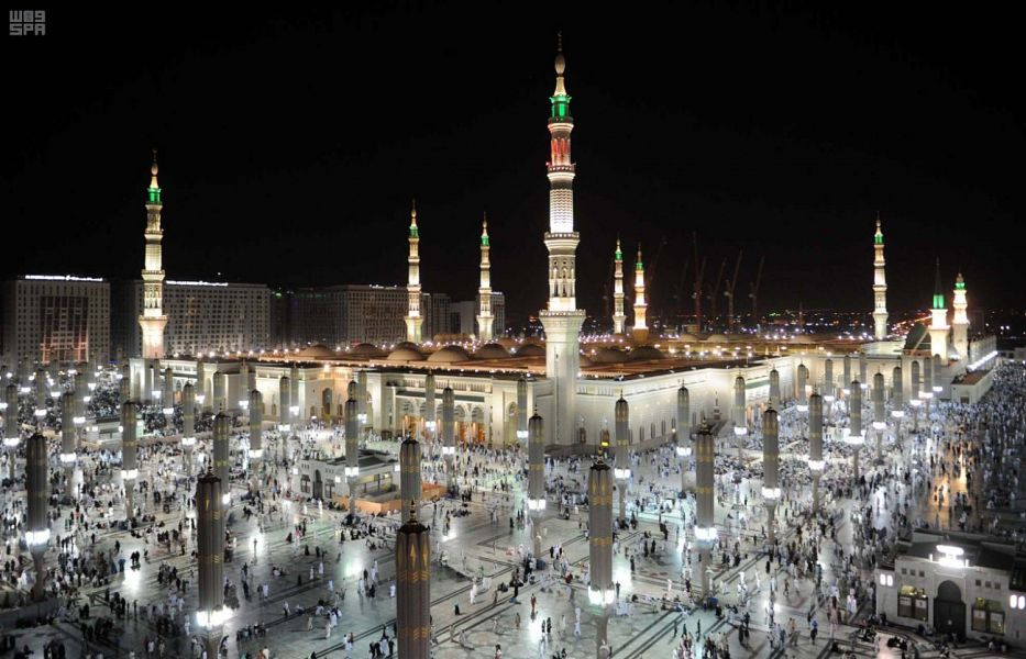 زوار من داخل وخارج المملكة يتوافدون على المدينة المنورة لقضاء رمضان في رحابها
