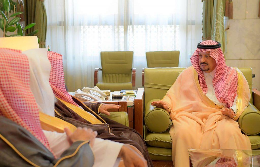 الأمير فيصل بن بندر يستقبل رئيس محكمة الاستئناف ورئيس المحكمة الجزائية