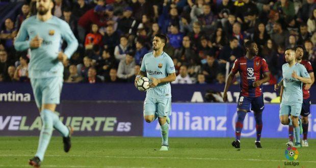"""برشلونة يخسر من """"ليفانتي""""  ويفشل في تحقيق الدوري""""بدون خسارة"""""""