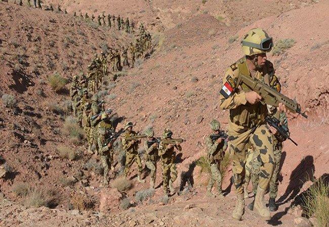 الجيش المصري يقضي على 19 مسلحًا في سيناء