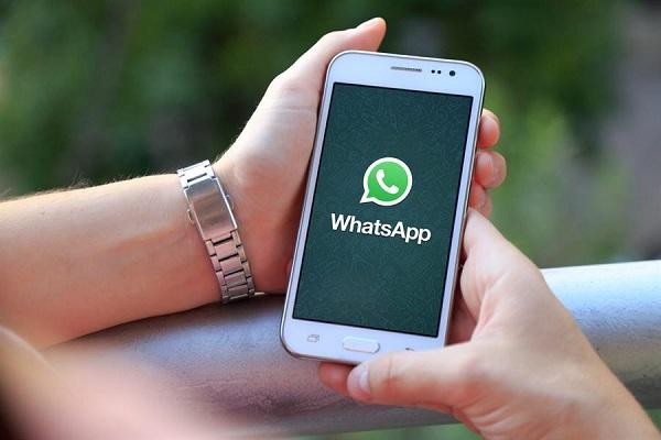 """الإتصالات تحذر من موجة اختراقات تطال مستخدمي """"الواتس أب"""" بالسعودية"""