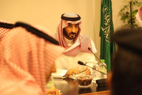 نائب أمير مكة المكرمة يقف على المجهودات المبذولة بالمسجد الحرام