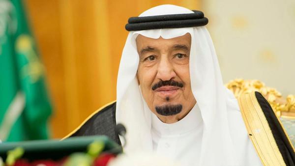 الملك سلمان يوجه بصرف ١.٧ مليار ريال لمستفيدي الضمان الاجتماعي