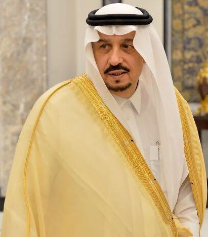 أمير منطقة الرياض يؤدي صلاة عيد الفطر المبارك في جامع الإمام تركي ..ويستقبل المهنئين