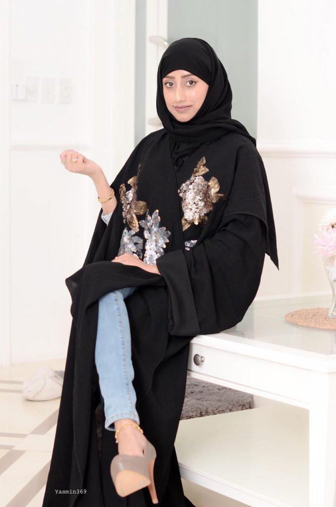 عارضة الأزياء ولاء عبدالله:  أطمح في الانتساب إلى إحدى دور الأزياء العالمية.. وأهدي نجاحي لوالدي ووالدتي
