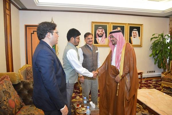 سفير جمهورية الهند يشيد بالخدمات التي تقدمها المملكة لضيوف الرحمن