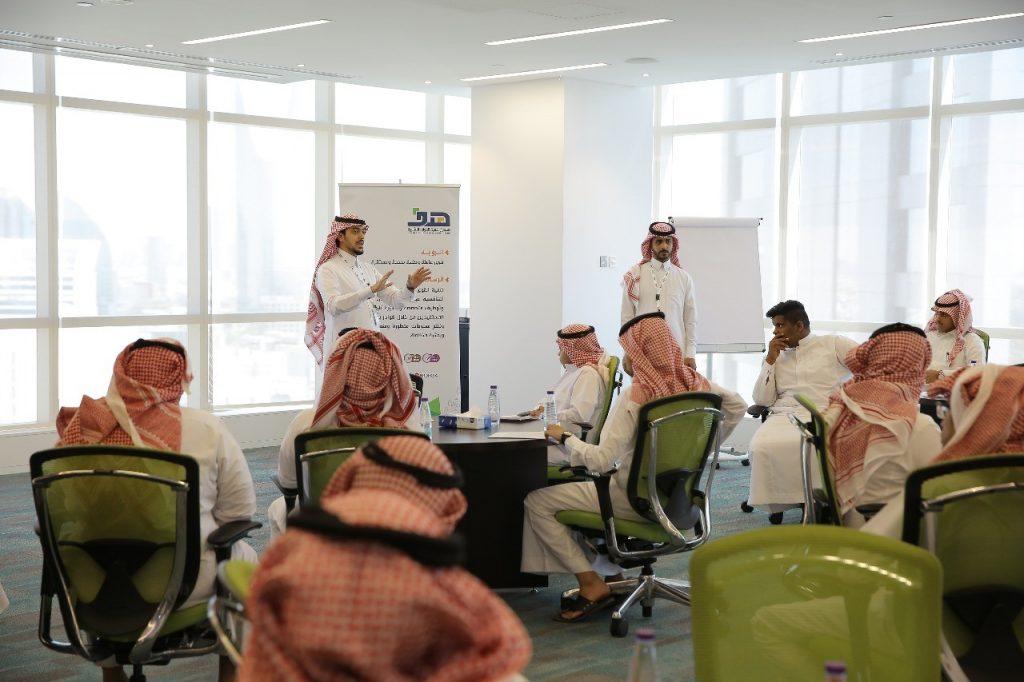 هدف يطرح 400 فرص عمل بالتعاون مع 4 شركات وبأجور شهرية تتراوح بين 4500 و9 آلاف ريال