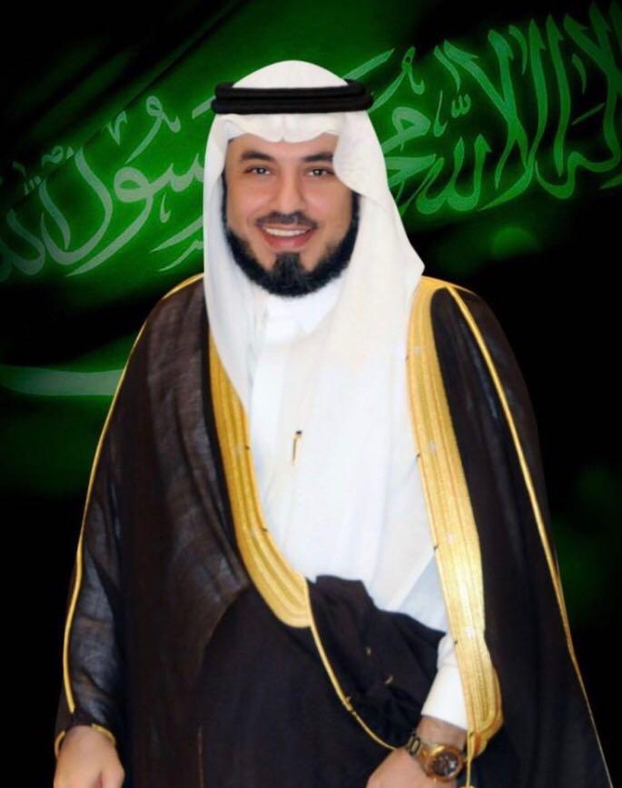 الدكتور الشريف محمد الراجحي يُقدِّم العزاء في وفاة الإعلامي المصيبيح