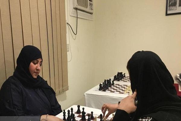 الدكتورة حنان ابراهيم تفتتح أكاديمية برين جيم للشطرنج بجدة