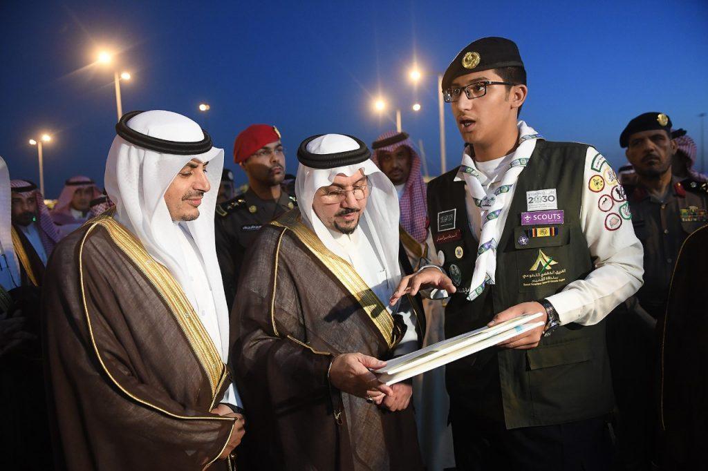 أمير منطقة القصيم يتفقد مدينة الحجاج بالمنطقة ويقف على جاهزية الخدمات المقدمة لهم