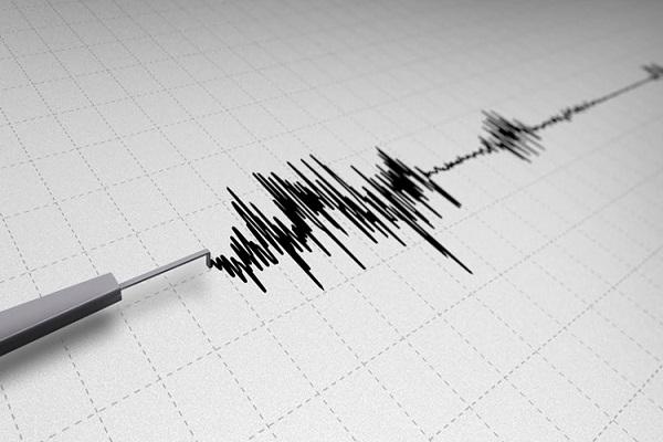 زلزال بقوة 4.6 ريختر يضرب شرق إيران