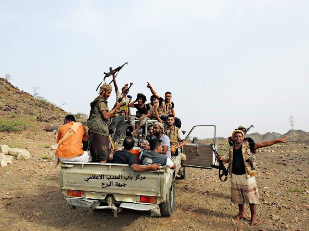 """اللواء الثامن """"العمالقة"""" يكسر هجوماً لميليشات الحوثي بجبهة البرح بمحافظة تعز"""
