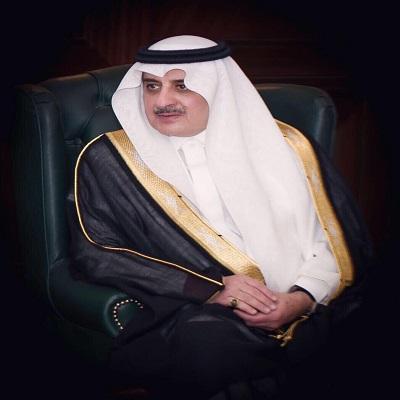 أمير تبوك يواسي أسرة الإعلامي الراحل خالد قاضي
