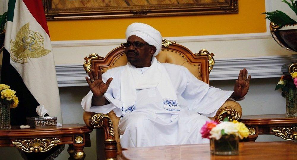 محافظ البنك المركزي السوداني يعلن عن زيادة كبيرة في معروض العملات الأجنبية لدى المصارف التجارية