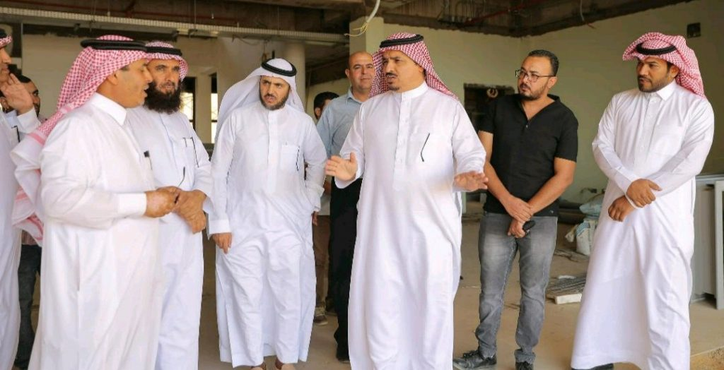 جامعة القصيم يقف على مبنى كلية العلوم والآداب بضريه ويشدد على ضرورة إنجازه