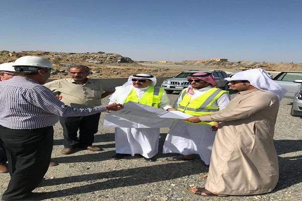 مدير فرع وزارة النقل بمنطقة عسير يتفقد عدداً من مشاريع المنطقة