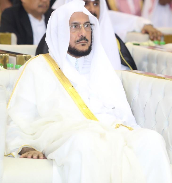 وزير الشؤون الإسلامية: وظائف نسائية قريباً.. والبداية في ثلاث مناطق