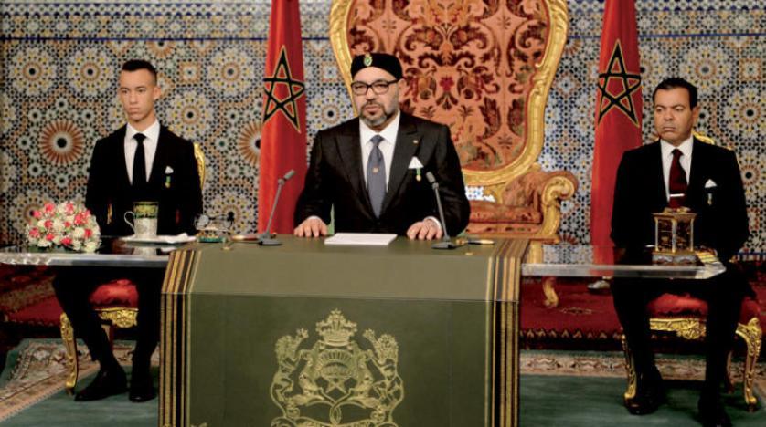 ملك المغرب يمد يد الحوار إلى الجزائر