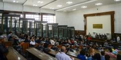 """أحكام بالسجن في مصر لـ""""65″ متّهماً بتأسيس خليّة إرهابية"""