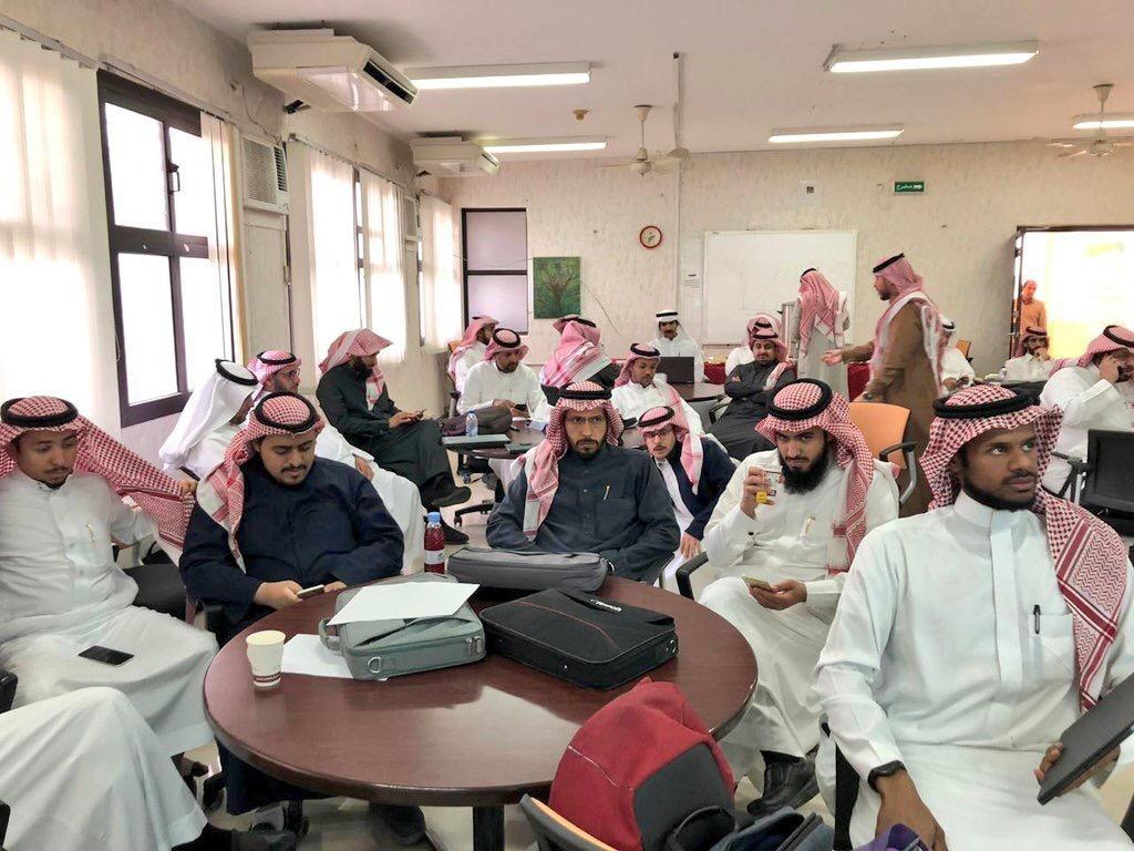 """26 ألف طالب وطالبة يدشّنون المرحلة الثانية من """"بوابة المستقل"""" في الرياض"""