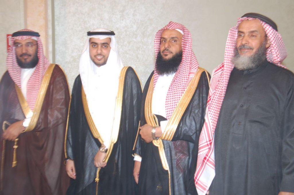 """الدكتور جازع والشيخ عايض يحتفلان بزواج ابنهم""""عبدالعزيز"""""""