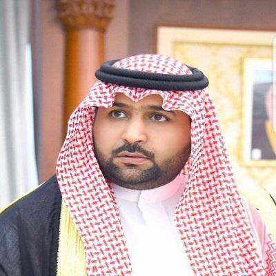 نائب أمير جازان ينقل تعازي القيادة لذوي الشهيدين المالكي والدغريري