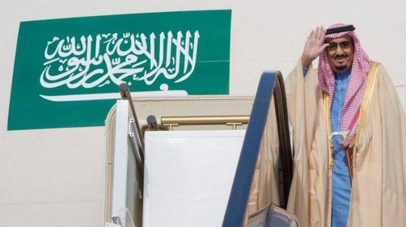 خادم الحرمين يغادر حائل متوجهاً إلى الرياض