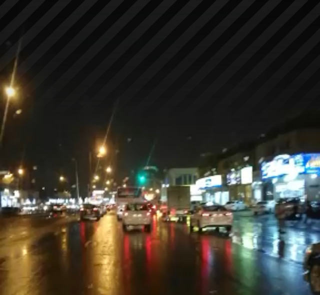هطول أمطار متوسطة على العاصمة الرياض