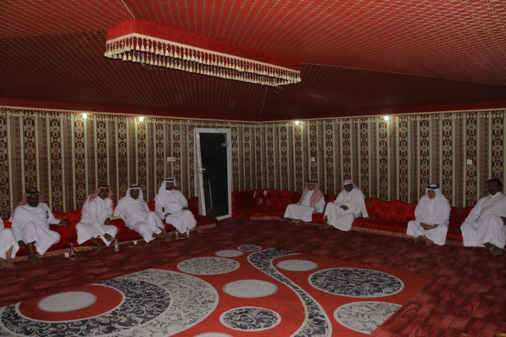 المجلس البلدي بالقوز يواصل جولاته لتفقد إحتياجات قرى الساحل