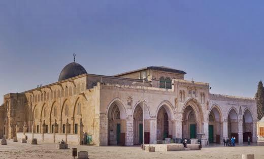 عصابات الهيكل تقتحم المسجد الأقصى من جهة باب المغاربة