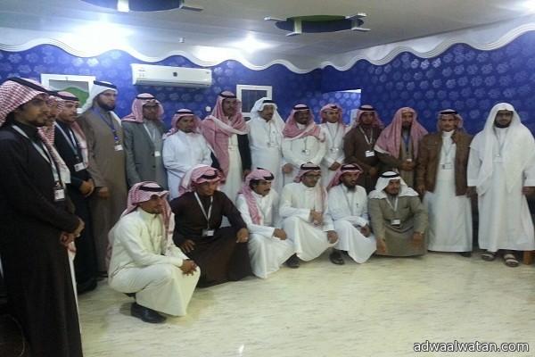 """وزير الشؤون الاجتماعية يهنيء""""المطيري"""" ومجلس إدارته بمناسبة انتخابه رئيساً لجمعية البر بـ""""أرن"""""""